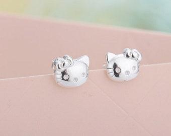 46883eecd Lovely Hello Kitty Cat Sterling Silver Stud Earring - Cat earrings -  apatite earrings - statement earrings - Silver