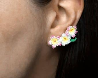 Pink flower crawler earrings, Plumeria flower drop earrings crochet, Frangipani earrings plumeria, Luau jewelry hawaiian accessories pink