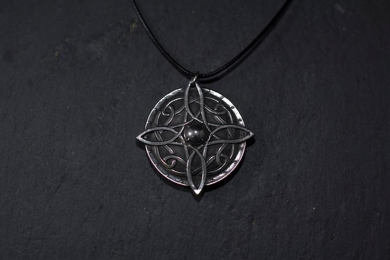 Amulet of Mara Necklace (Skyrim)