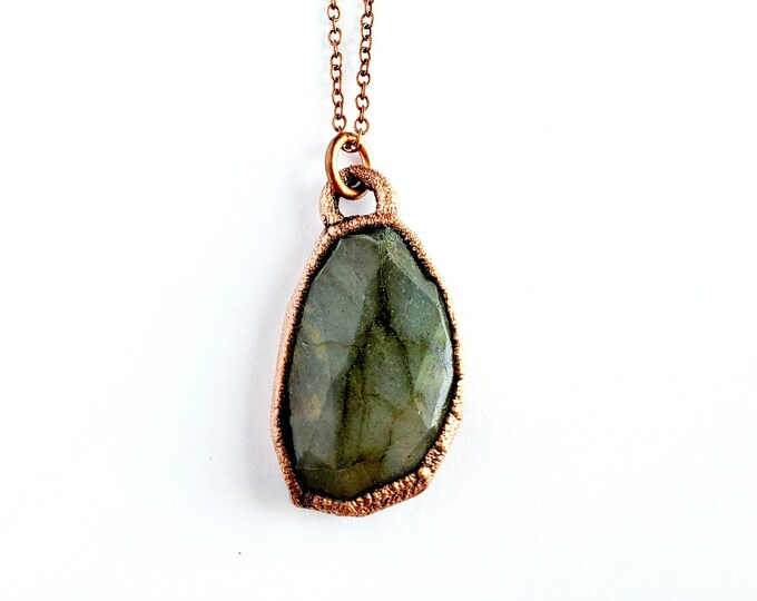 Green Labradorite Necklace // Electroformed Copper // Soldered Copper Chain // Gemstones, Cabochon, Energy