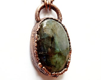Shimmering Green Labradorite and Copper Necklace // Electroformed, Soldered Gunmetal Chain // Gemstones, Cabochon, Energy