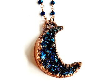 Electroformed Mystic Blue Titanium Druzy Crescent Moon // Coated Blue Spinel Beaded Chain // Moon Child, Astrology