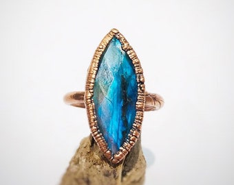 Faceted Labradorite Electroformed Copper Ring, Size 6 // Crystals, Rocks and Minerals, Flash, Black Moonstone