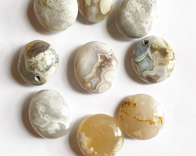 Flower Agate Pebble Stone // Natural Stone, Palm Stone, Rocks and Minerals