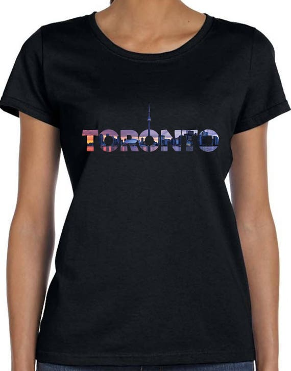 TORONTO SKYLINE ONTARIO CANADA PRIDE CN TOWER Mens Navy Hoodie