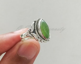 Natural Peridot Ring, Handmade Silver Ring, 925 Solid Sterling silver Ring, Statement Ring with Stone, Peridot Ring, Anniversary Gift