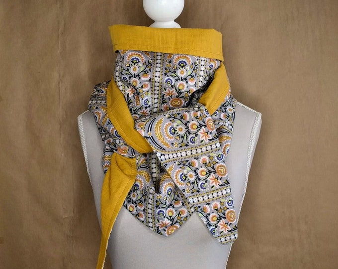 Cotton, Liberty Von Trapp gray triangle scarf