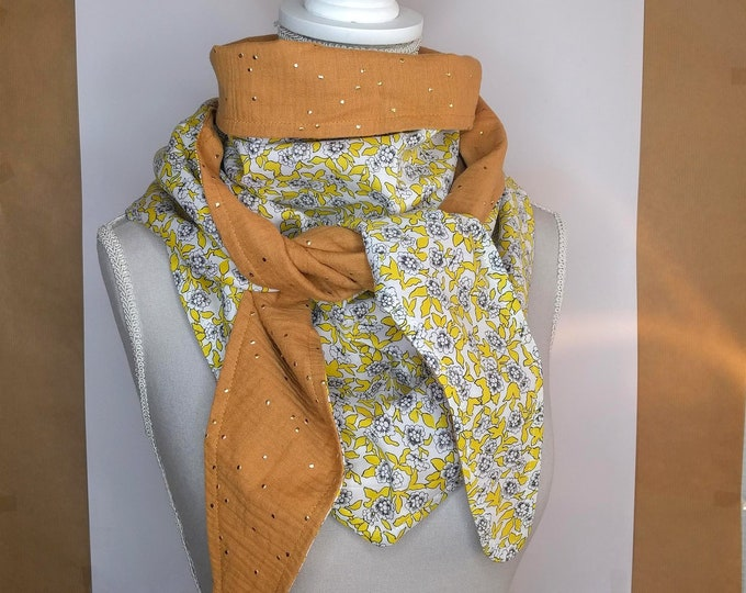 Cotton triangle scarf, yellow and gold Dynasty liberty
