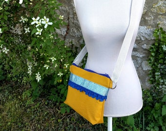 Shoulder handbag-glitter and blue braid
