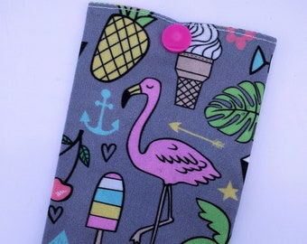 Pink Flamingo storage/pop case