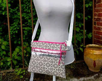 Purse shoulder bag-pink and silver