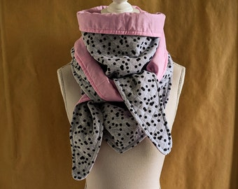 Triangle scarf sweatshirt sweaty black polka dots and pale pink