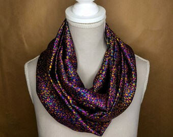 Silk snood, Leopard