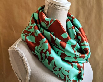 Snood in silk, turquoise and chocolate