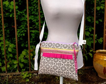 Shoulder handbag-pink and gold