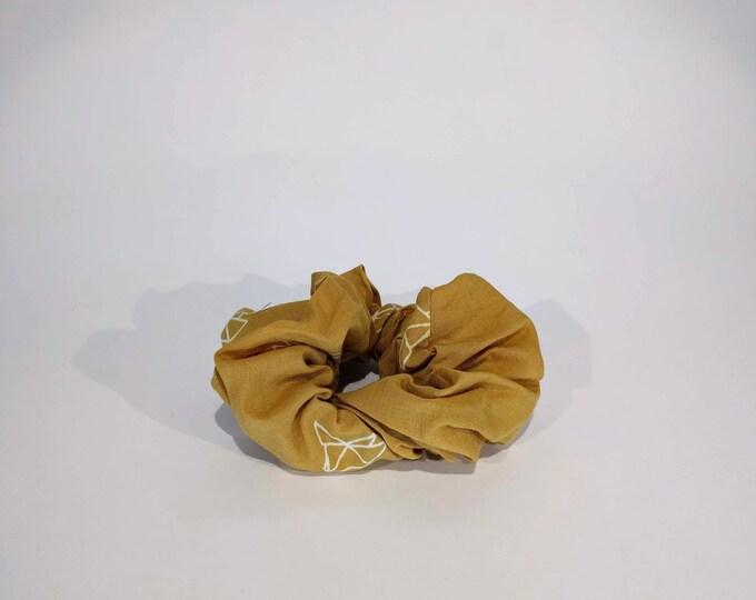 Mustard birdy scrunchie