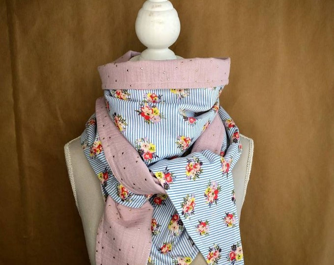 Triangle scarf, stripes, roses and sequins