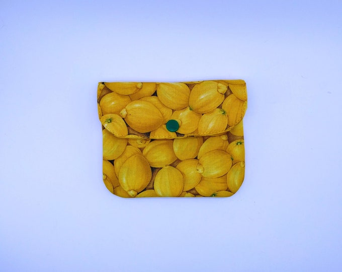 Quilted wallet, lemons