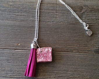 Essential oil diffuser necklace, ceramic diffuser necklace, pink necklace, tassel diffuser necklace, aromatherapy necklace clay