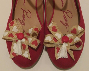 Hearts Valentine ribbon shoe bows with red buttons and white tassels