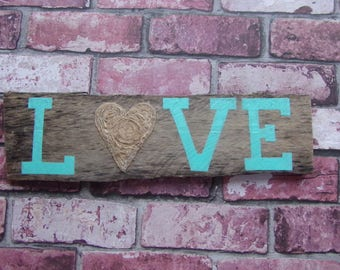 LOVE Twine Heart Rustic Barn 16 x 5 in Wood Plank