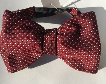 Burgundy White Spot Vintage Self Tie Bow Tie