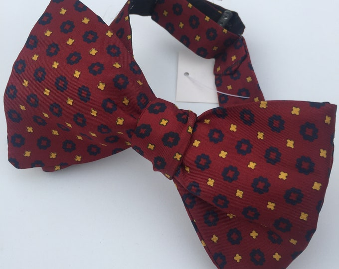 Silk Red Blue Circles Vintage Self Tie Bow Tie