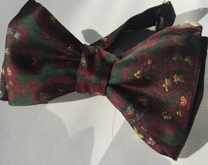 Silk Green Paisley Vintage Self Tie Bow Tie