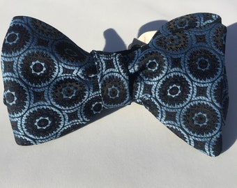 Blue Pattern Vintage Self Tie Bow Tie