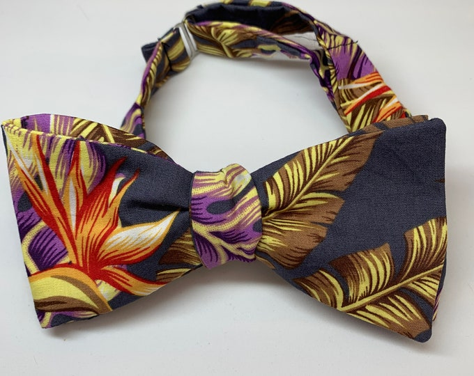 Men's Grey Palm Bow Tie - available as self tie. Matching pocket square available