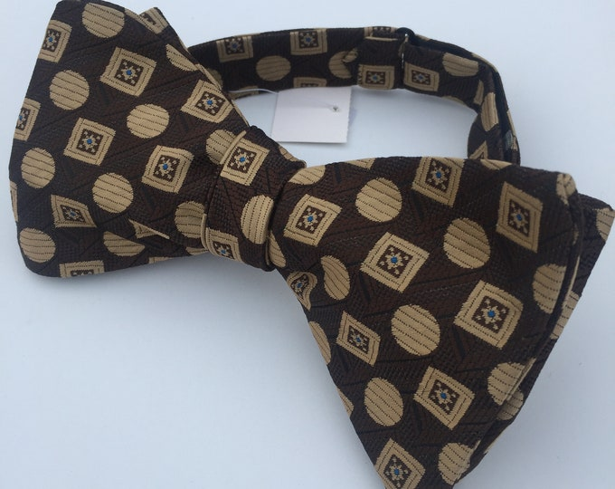 Brown Pattern Vintage Self Tie Bow Tie