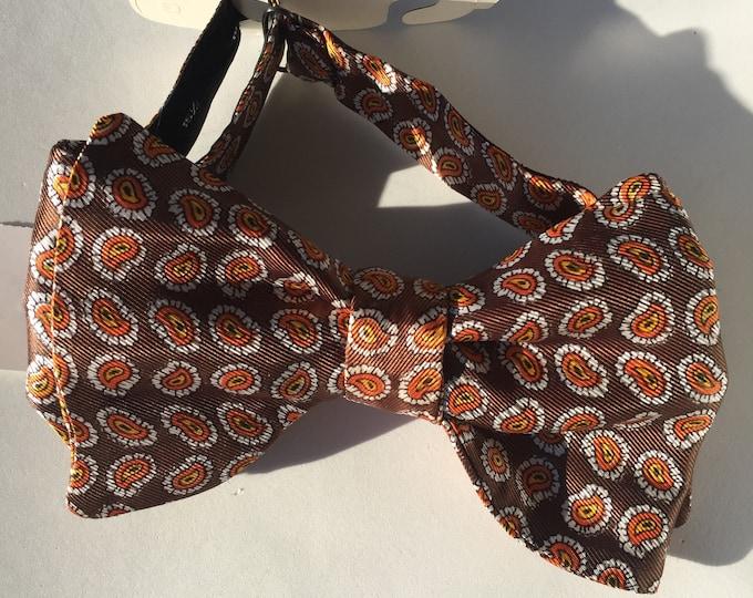 Brown Paisley Vintage Self Tie Bow Tie