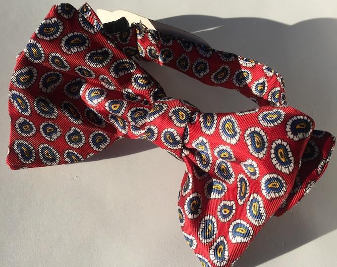 Red Paisley Vintage Self Tie Bow Tie