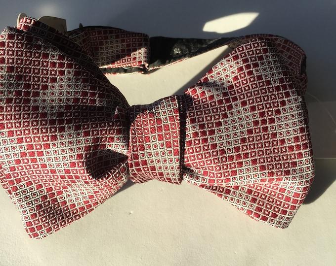 Burgundy Plaid Check Vintage Self Tie Bow Tie