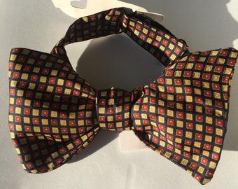 Navy Pattern Vintage Self Tie Bow Tie