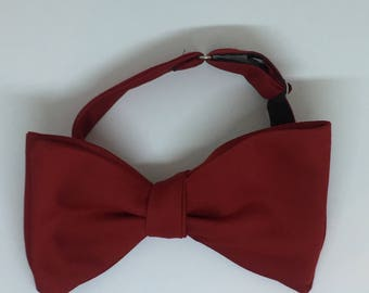 Red Vintage Self Tie Bow Tie