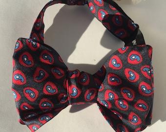 Navy Paisley Vintage Self Tie Bow Tie