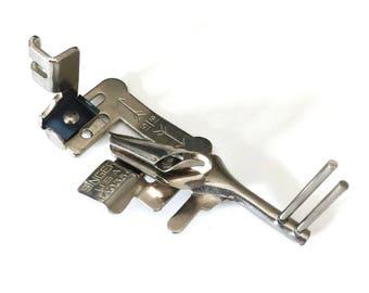 SINGER 221 Featherweight Sewing Machine Multi Slotted Binder Foot SIMANCO #160359 ~ Low Shank 15 99 27 28 66 127 128 222 201