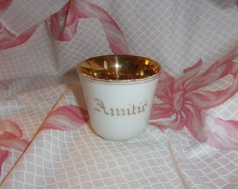 A lovely old Cup, 19 th, friendship