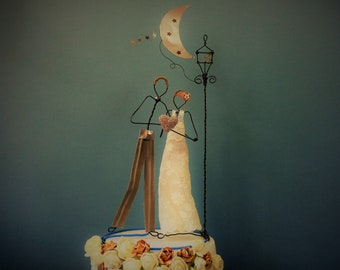 Wedding cake topper, Wire cake topper figurine, Cake decoration, Custom cake topper, Bride and groom cake topper, Wedding decoration, Rustic