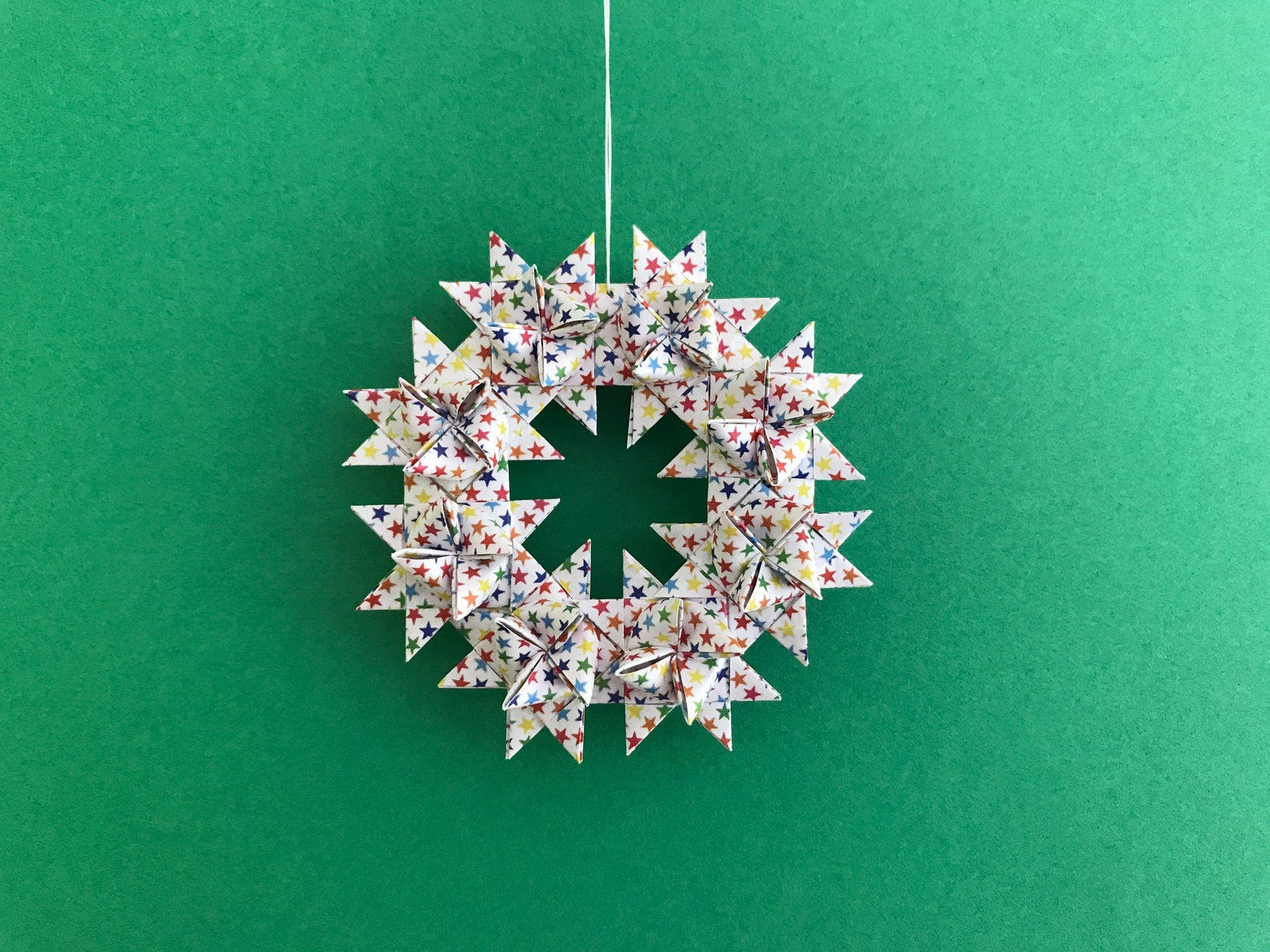 Moravian Star Wreath—Multi-colored stars