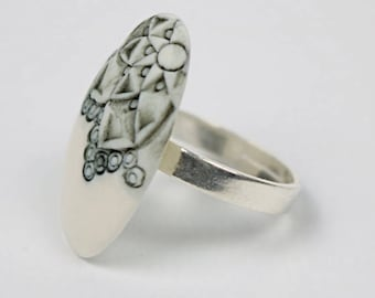 """Ring """"Athens 2018"""" porcelain. Ceramic jewelry. Manon Lacoste."""