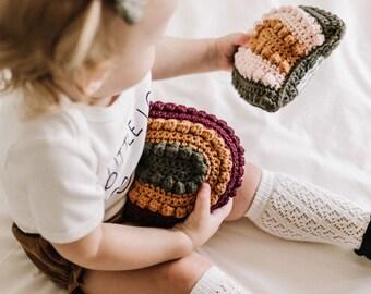 CROCHET PATTERN- Rainbow Baby Rattle, Crochet Baby Rattle Pattern, Crochet Rainbow Baby Gift, Crochet Baby Shower Gift, Crochet Rainbow