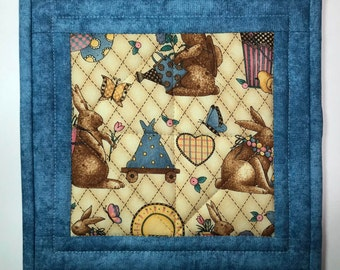 Quilted Potholder, Easter pot holder, hot pad, bunnies, Country kitchen, trivet, Quiltsy handmade, Item #344