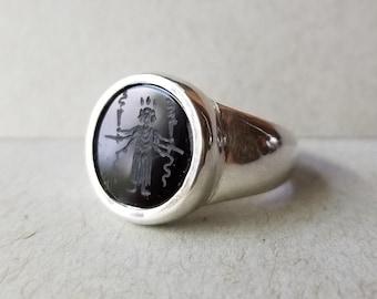 Hecate Signet Ring - Solid Cast - 14mm Engraved Gem - Made to Order