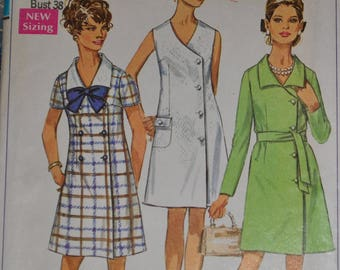Vintage 1960s Simplicity 8142 Sewing Pattern, Coat Dress, Tunic, Double breasted, Size 16, Bust 38, Button Closure, UNCUT