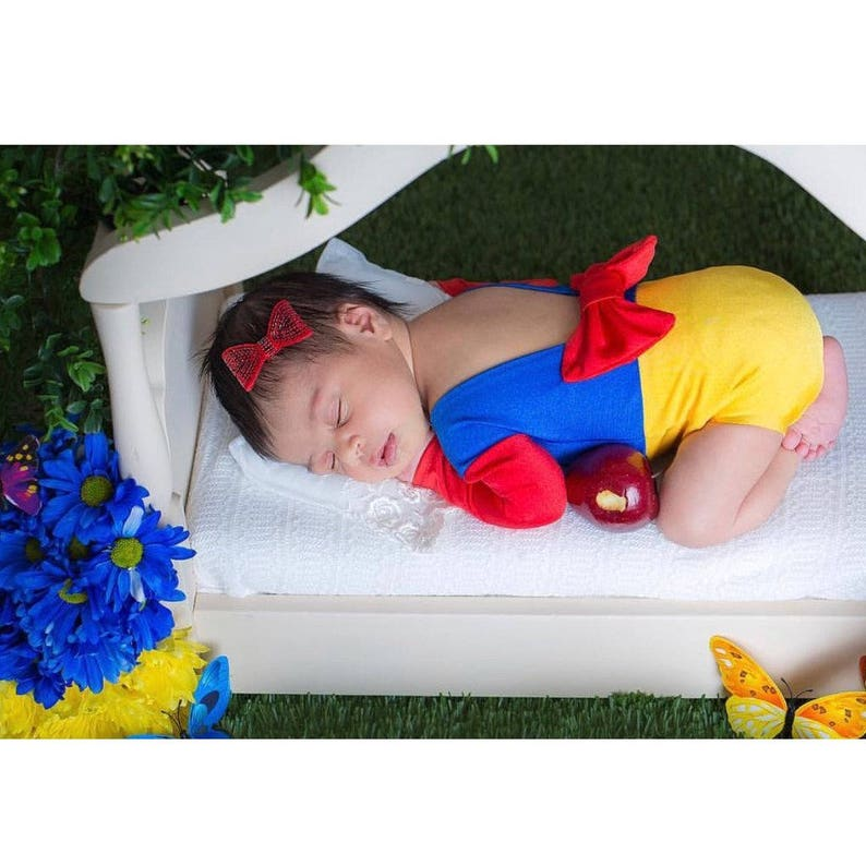 2cb0d738c1d3 Newborn Princess Outfit Snow White Newborn Princess Snow