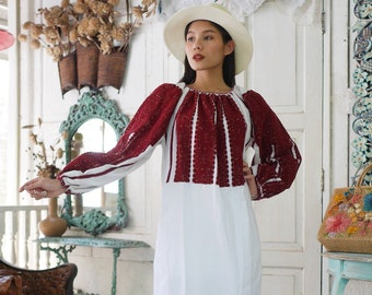 f36ebd06e Traditional Romanian Embroidery Dress, Romanian Folk Dress, Transylvania  Romanian Dress