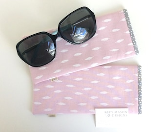 Sunglasses Case - Pink Feathers