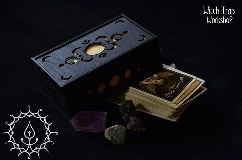 Demented Moon Tarot box image 0